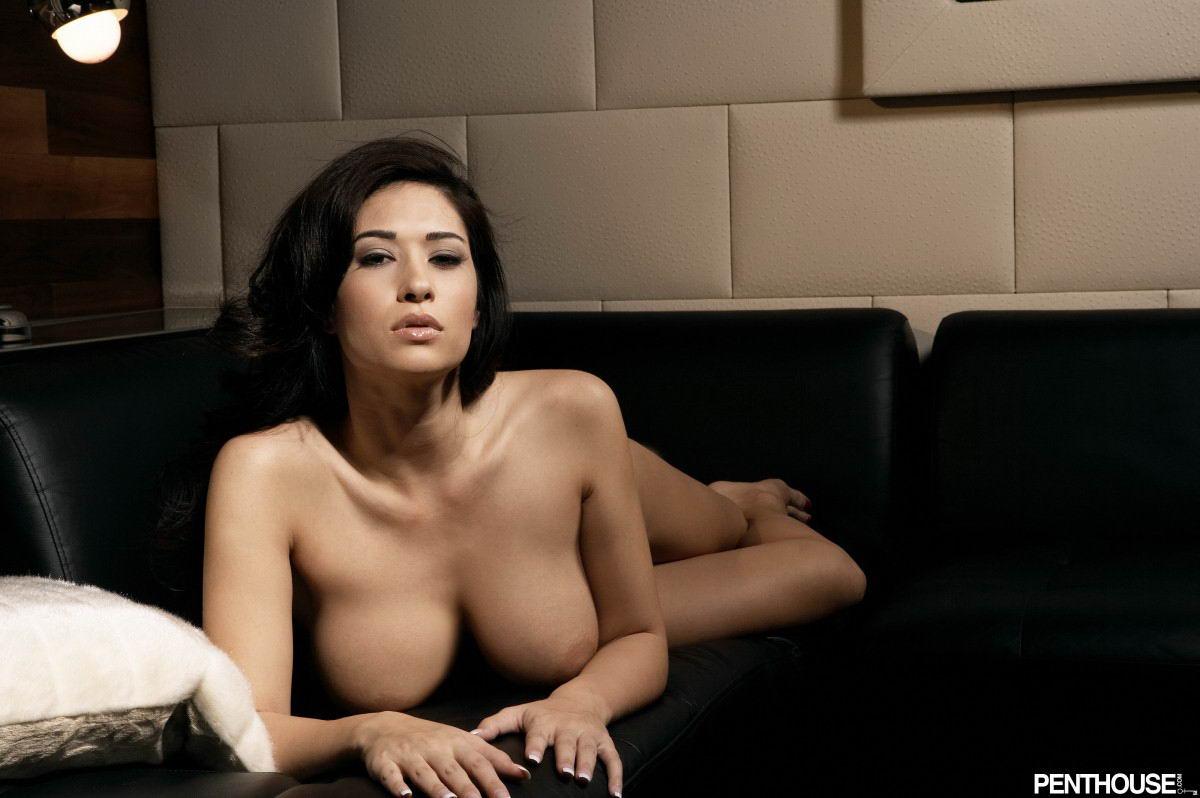 находилась эротические фото русских актрис и телеведущих света начинает