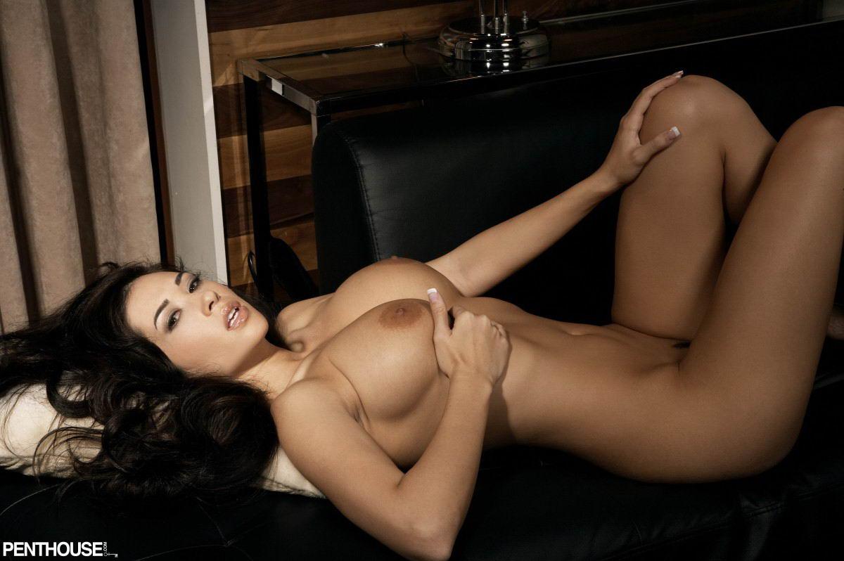 Self shot booty ass naked