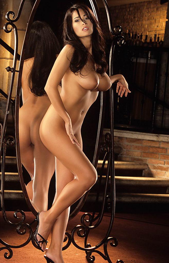 Kimberly Cameron Nude