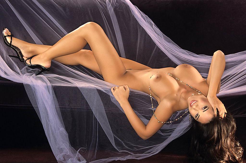Kimberly Williams Naked